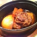 イザヴィーノ - とろとろ豚バラ肉 八丁味噌と赤ワイン煮込み!大好き♪