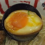 開運丸ラーメン - 煮卵