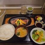 肉屋の肉料理 みずむら - ライスセット 440