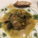 レストラン モロッコ - 鶏肉のタージン