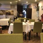 レストラン モロッコ - 店内