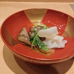 Tokami - 毛ガニの真薯に舞茸と白キクラゲ