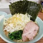 武蔵家 - 料理写真:ネギラーメン海苔増し!