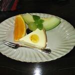茶房むべ - レアチーズケーキフルーツ添え(850円)