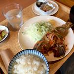 136754904 - ニジマスの南蛮漬け定食 ¥900(税込)
