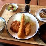 136754910 - 日替わり定食(この日はミックスフライ)¥750 (税込)