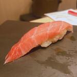 立ち食い鮨 鈴な凛 - 赤びら 220
