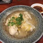 大衆中遊華食堂 八戒 - 発酵白菜水餃子