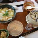 大戸屋 - あさりのせいろご飯と本にがり豆腐