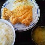 味処天神丸福 - 唐揚げ(はね)定食:760円