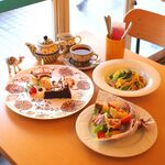 GALLERY&CAFE CAMELISH -