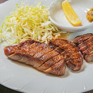 タンテール富士 - 料理写真:黒毛和牛上タン焼<黒毛和牛2ヶ月熟成タン焼>
