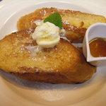 CAFE 桃園文庫 - 一番人気のメニュウ『フレンチトースト』