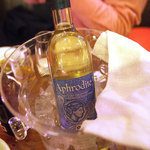 デカメロン - キプロスの白ワイン「アフロディーテ」。