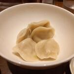 RAMEN 風見鶏 - 肉水餃子
