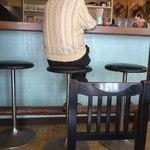 青野屋 - そんなやり取りをカウンターから観戦するおばちゃん