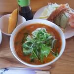 136835120 - エビと生クリームのトマト麺