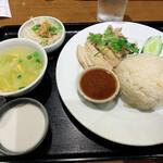 バンコクスパイス - タイ風チキンライスセット