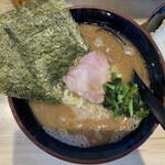 麺家 あくた川 - 料理写真:ラーメン 中 @800