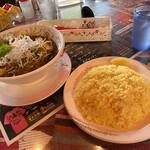 136842542 - チキン(メイン)納豆(トッピング)                       天空(辛さ)ライススープ大盛り。                       マジスパの黄金比。