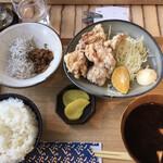 Shirasushokudoujakoyananadaimeyamari - 唐揚げ定食