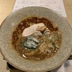 ヌイユ - 「鴨とフォアグラの、チーズみそ拉麵」980円