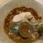 ヌイユ - みそスープ