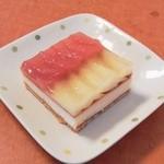 お菓子のローリエ - アップルタルト(1/2カット)♪