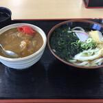 がんば亭 - 料理写真:かやくうどん、カレー丼のセット