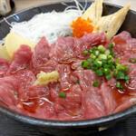 食いもん屋 北甲斐道 - 料理写真:馬刺し丼~☆