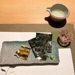 136878907 - 気仙沼産のうなぎの白焼き