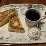 CAFE AALIYA - プレートセット・コーヒー