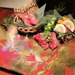 136885088 - 肉寿司