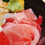 魚がし料理 粋のや - 限定 炙りのどぐろ盛り 4点丼