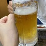136890943 - 冷たいビールで乾杯♪(*^^)o∀*∀o(^^*)♪
