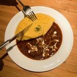 ビージーカフェ - チキンのストロガノフのオムレツトッピング