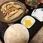 二十里お食事処 - 料理写真:手延べ餃子定食
