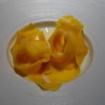 136892142 - 5種のチーズのラビオリ