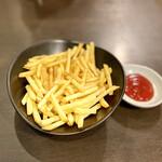 湯の郷ほのか 千葉蘇我店・食事処 - 料理写真:ポテトフライ