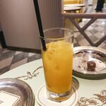 ラデュレ - アフタヌーンティーのセット(オレンジジュース)