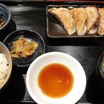 新琴似餃子工房 - 焼餃子定食5個_小ライスで_450円