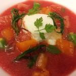 オステリア バルカ - 玉ねぎのムース 藤沢産トマトのスープ仕立て