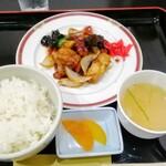 ホテルパラダイスヒルズ - 日替り酢豚定食