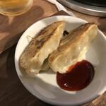 Kozarachuukamomoten - あとから提供になった、麻婆豆腐ランチの一品(餃子)