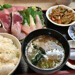 鮮魚卸 小売 魚嘉 - 料理写真:
