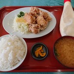 食堂SS - とり唐揚げ定食(680円)
