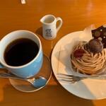 カシスカフェ - ケーキセット(家内)