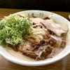 王者-23 - 料理写真:中華蕎麦肉入り小 チャーシュー ネギ増し