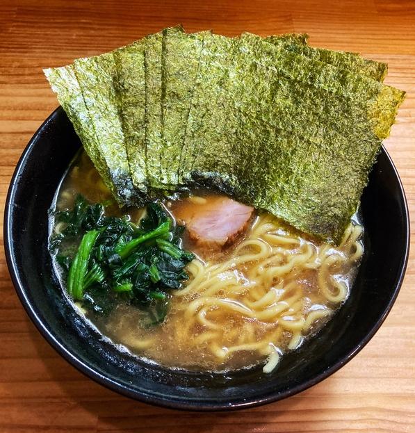 巓 - ラーメン720円麺硬め。海苔増し100円。
