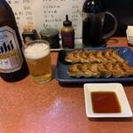 味力亭 - 味力亭餃子+ビンビール大